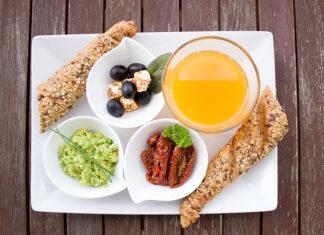 Pomysły na pożywne śniadania dla karmiącej mamy